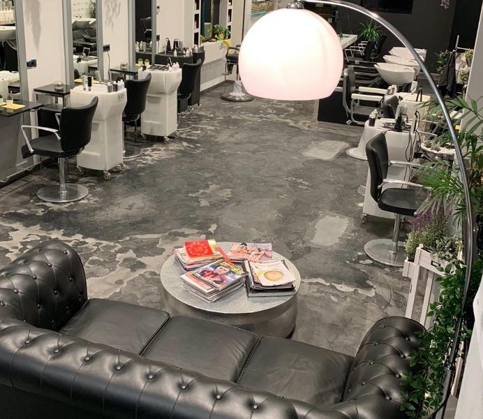 Salone di Parrucchiere dallo stile moderno industriale